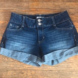 Perfect for summer, young girl shorts